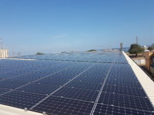 first-roof-of-solar-panels-almoust-finised-in-ghana